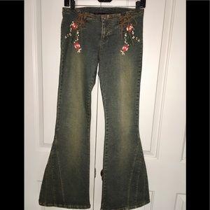 CL Jeans Wear